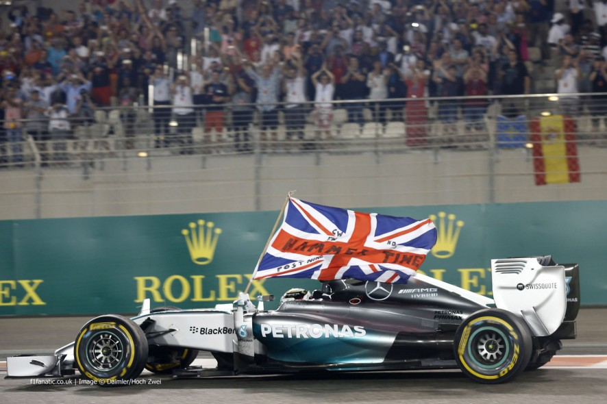 lewis hamilton f1 driver biography and information
