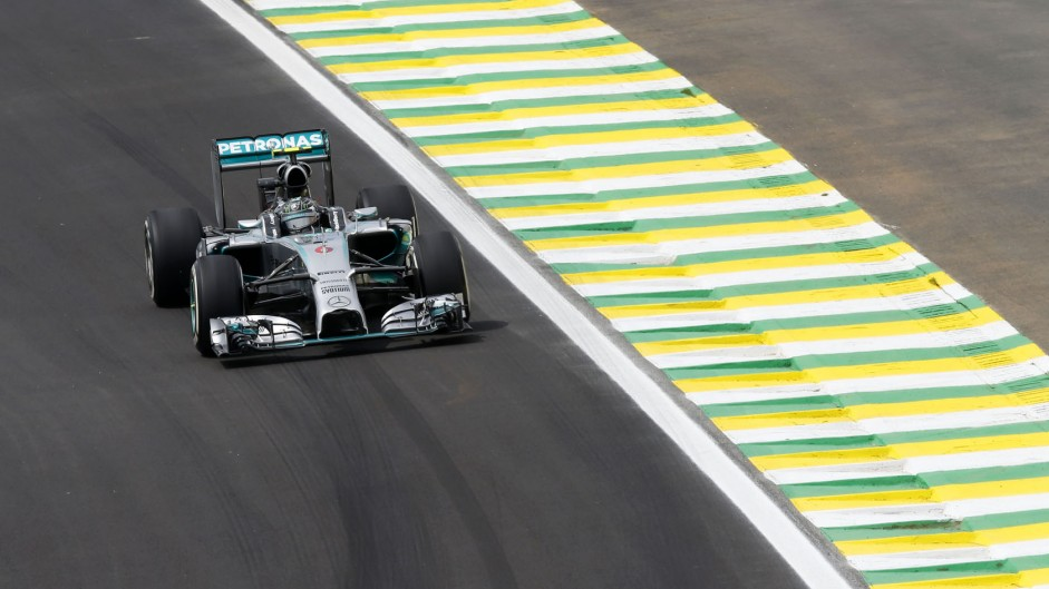 Rosberg nears record-breaking pace in final practice