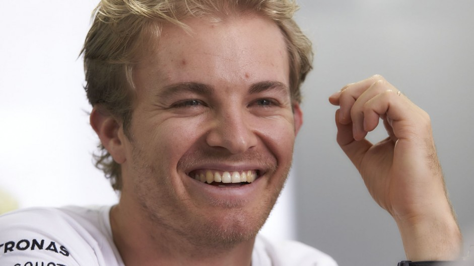 "Rosberg: ""I need a bit of help from Lewis"" to win title"