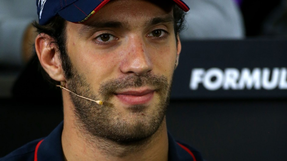 Vergne appointed Ferrari tester as De la Rosa leaves