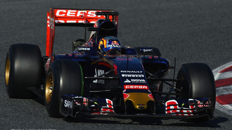 Tost sets tough target for Toro Rosso's junior duo