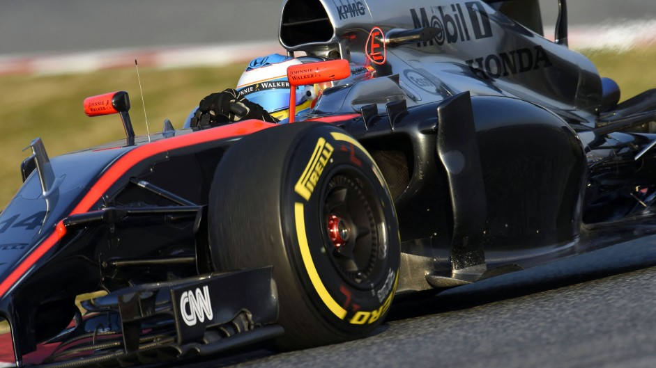 Alonso to stay in hospital overnight after suffering concussion in testing crash