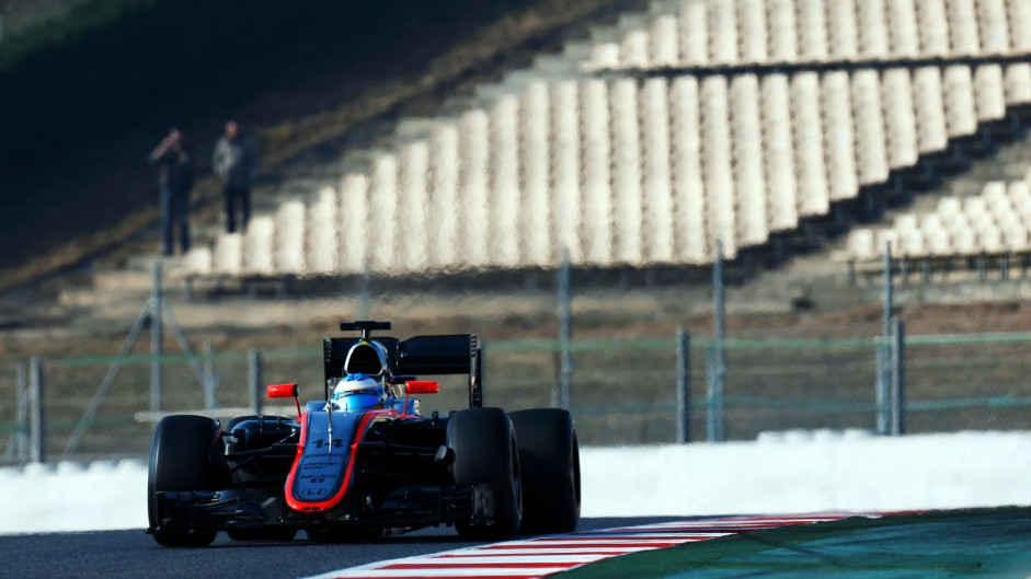 Steering problem, not wind, caused crash – Alonso
