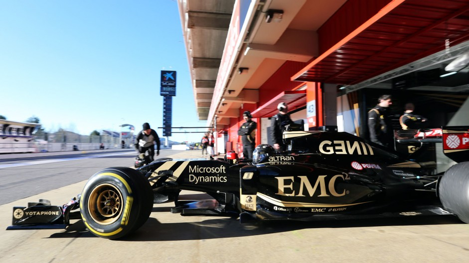 "Lotus optimistic as ""new era"" begins with Mercedes"