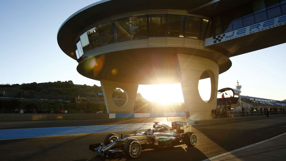 Get ready for the 2016 F1 season with F1 Fanatic
