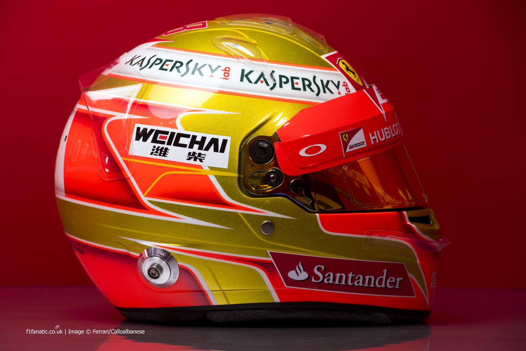 Esteban Gutierrez helmet 2015