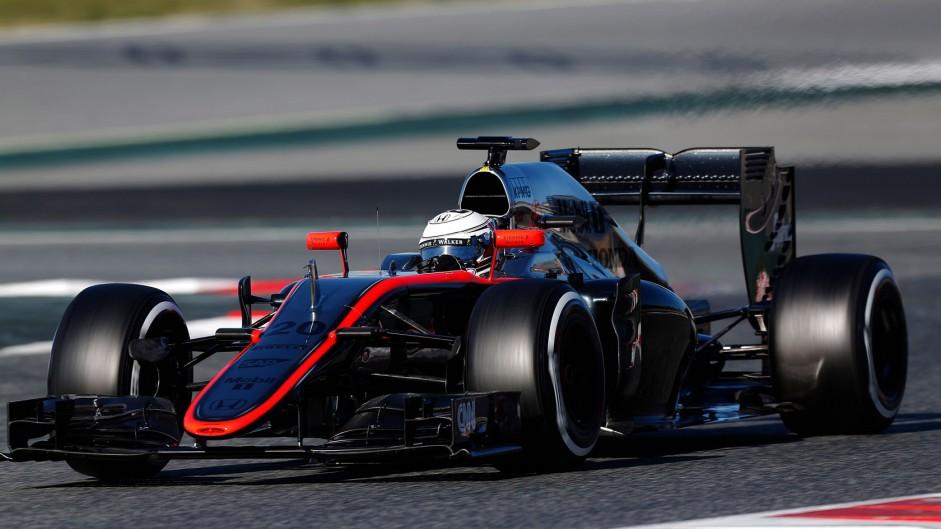 Kevin Magnussen, McLaren, Circuit de Catalunya, 2015