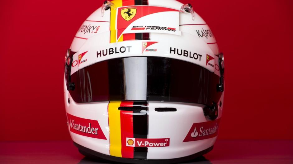 Sebastian Vettel helmet 2015