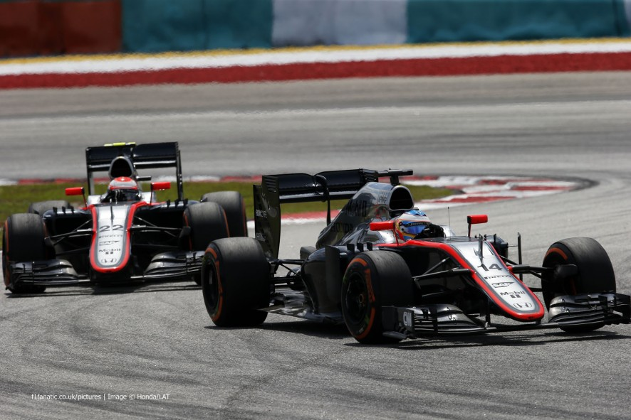 Fernando Alonso, Jenson Button, McLaren, Sepang International Circuit, 2015
