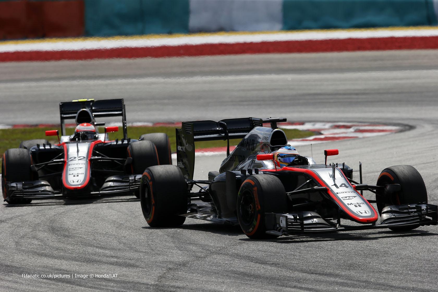Fernando Alonso, Jenson Button, McLaren, Sepang International Circuit, 2015