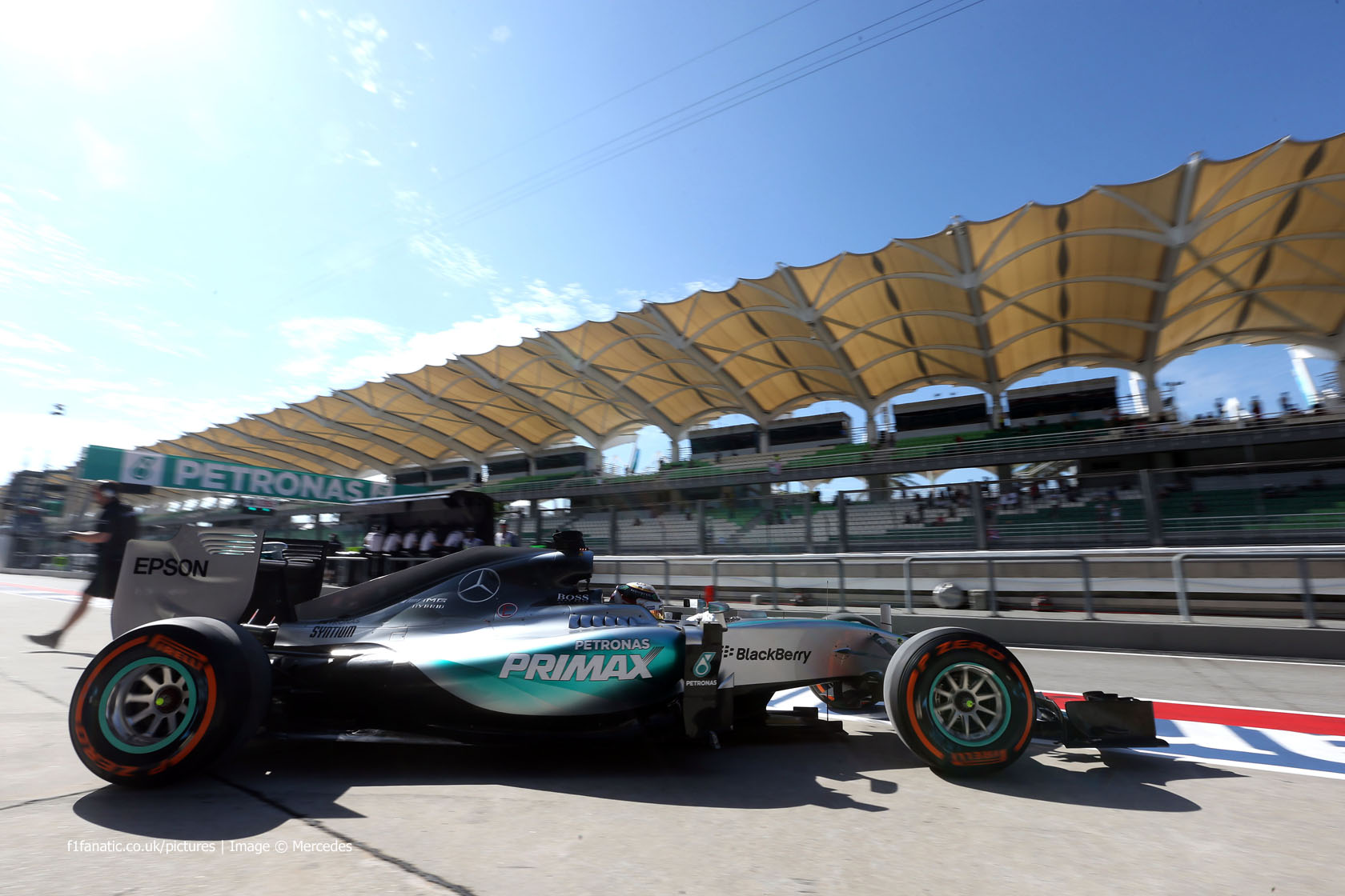 Lewis Hamilton, Mercedes, Sepang International Circuit, 2015