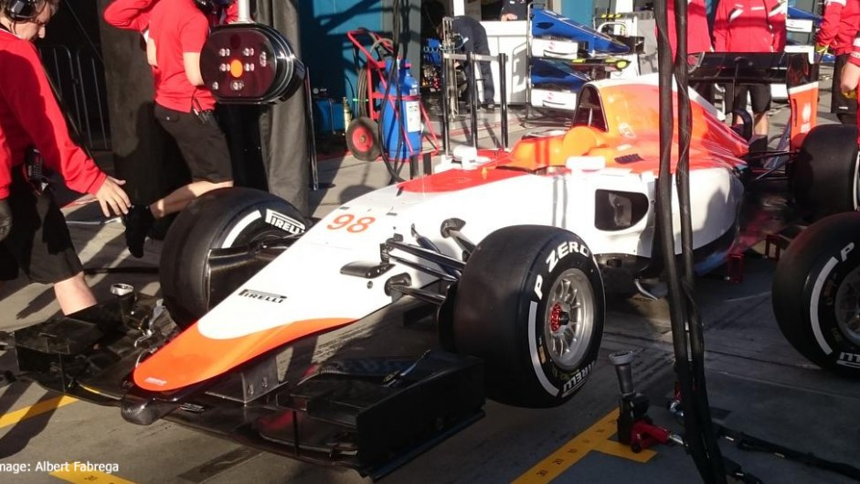 Manor F1 car appears in Australia