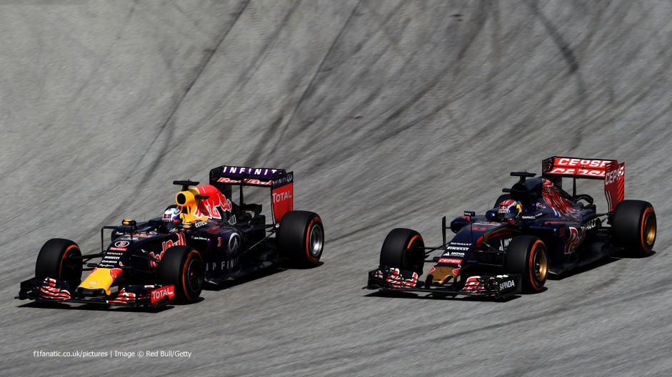 Horner determined to keep Red Bull drivers