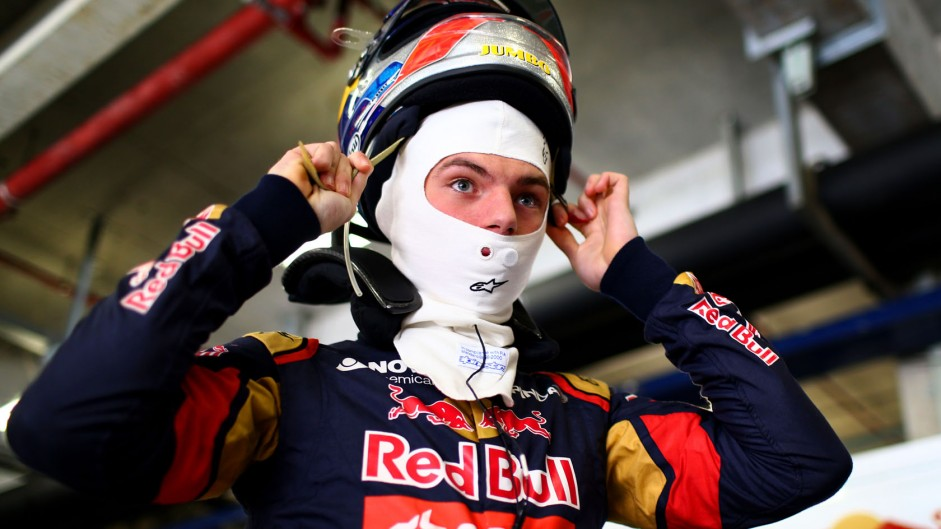 Verstappen ready to take more risks