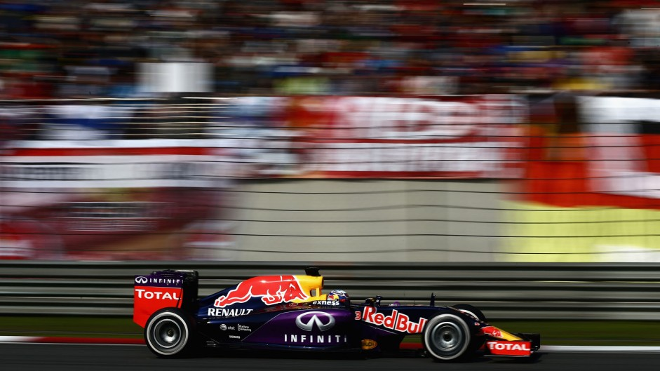 Ricciardo seeking redemption in Bahrain