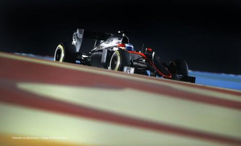 Fernando Alonso, McLaren, Bahrain International Circuit, 2015