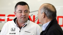 Eric Boullier, Ron Dennis, McLaren, Shanghai International Circuit, 2015