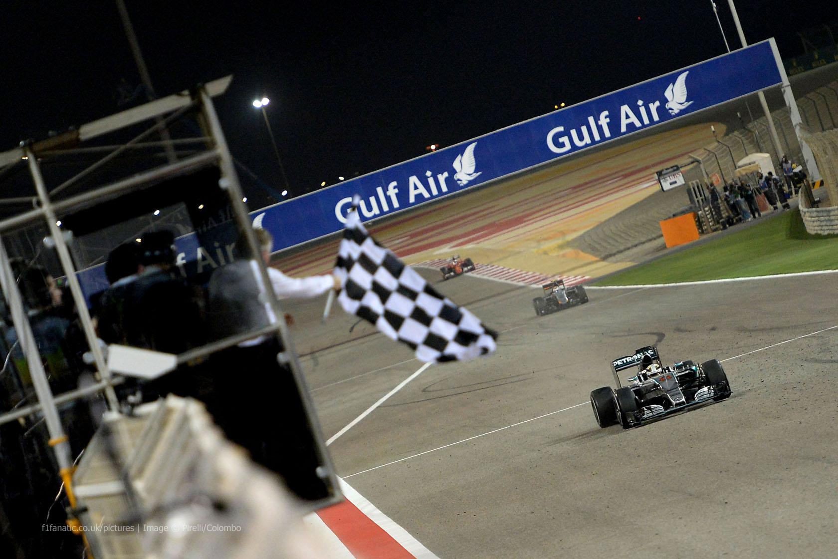 Lewis Hamilton, Mercedes, Bahrain International Circuit, 2015