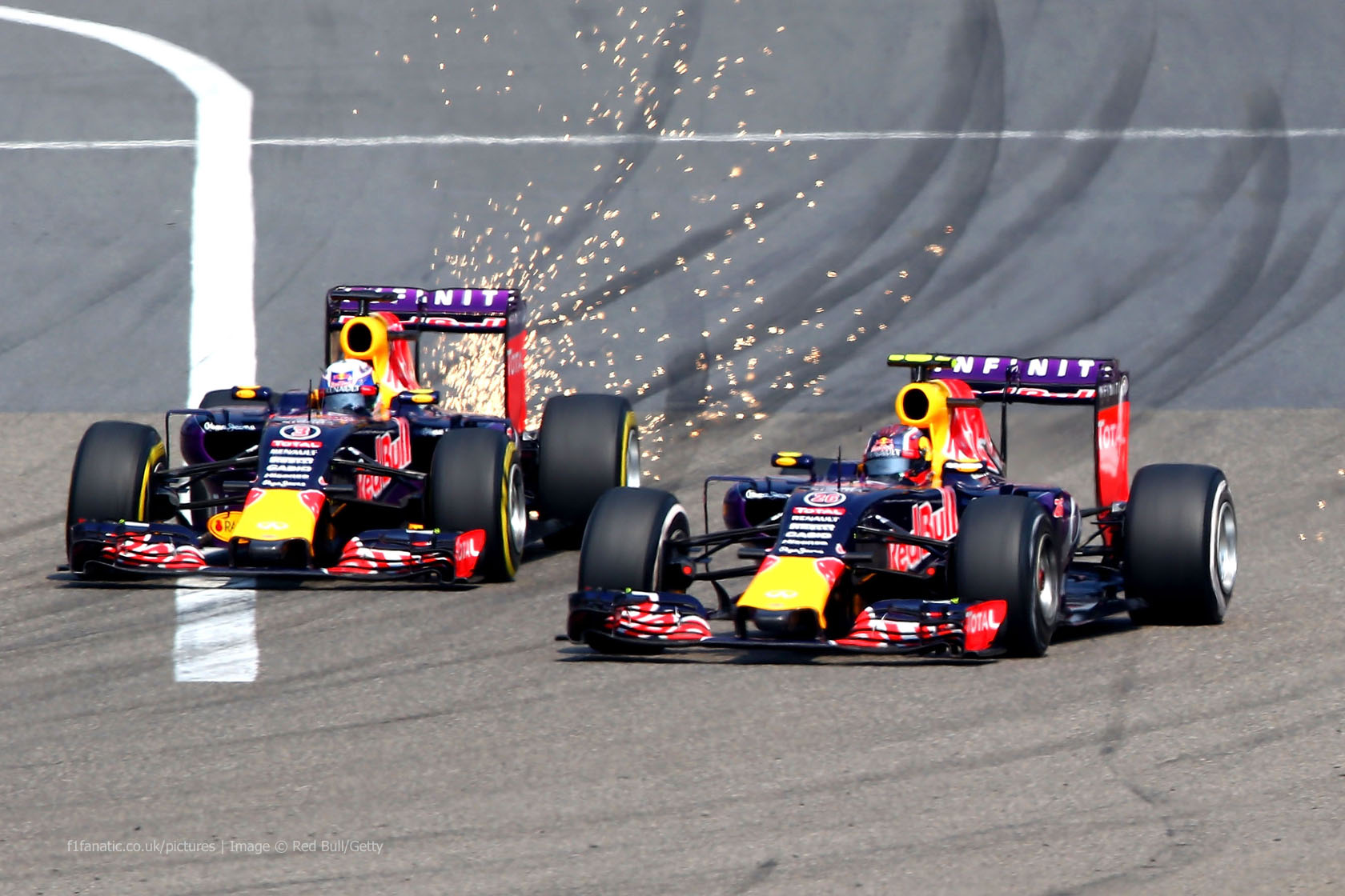Daniil Kvyat, Daniel Ricciardo, Red Bull, Shanghai International Circuit, 2015