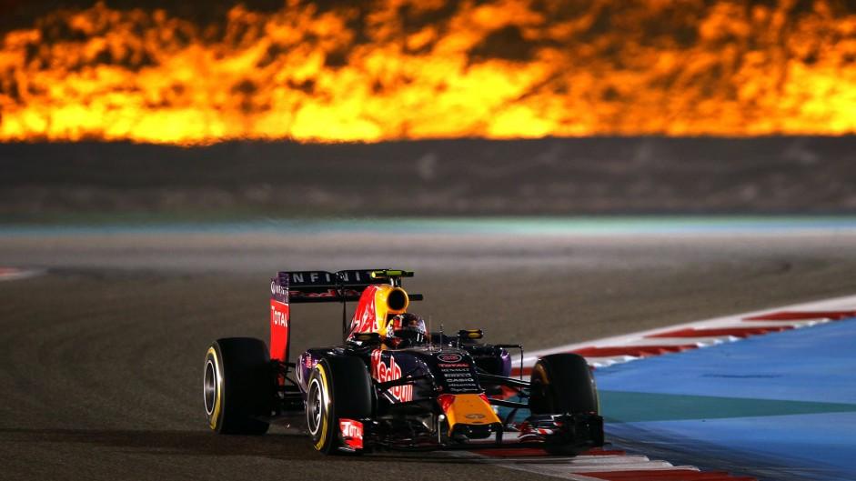 Daniil Kvyat, Red Bull, Bahrain International Circuit, 2015