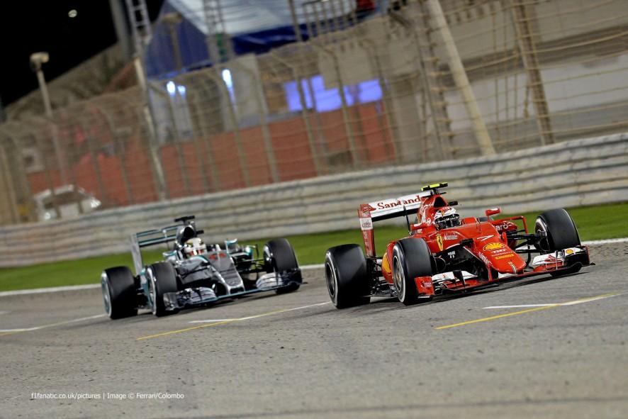 Kimi Raikkonen, Lewis Hamilton, Bahrain International Circuit, 2015