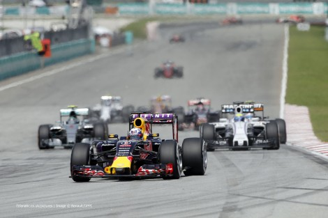Daniel Ricciardo, Red Bull, Sepang International Circuit, 2015