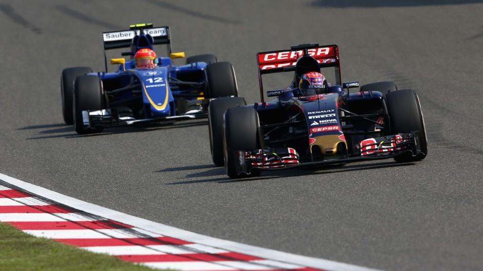 Verstappen laments late race retirement