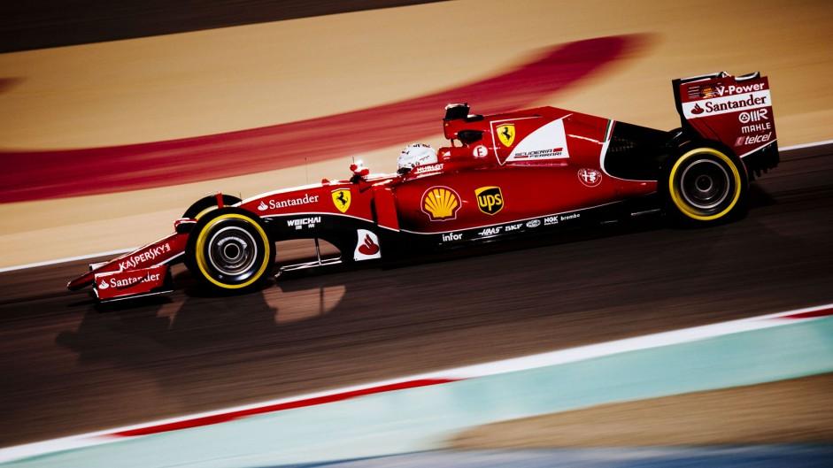 """Vettel felt """"like letting the team down"""" after error"""