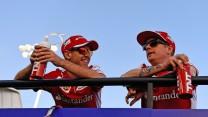 Sebastian Vettel, Kimi Raikkonen, Ferrari, Bahrain International Circuit, 2015