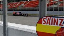 Carlos Sainz Jnr, Toro Rosso, Circuit de Catalunya testing, 2015