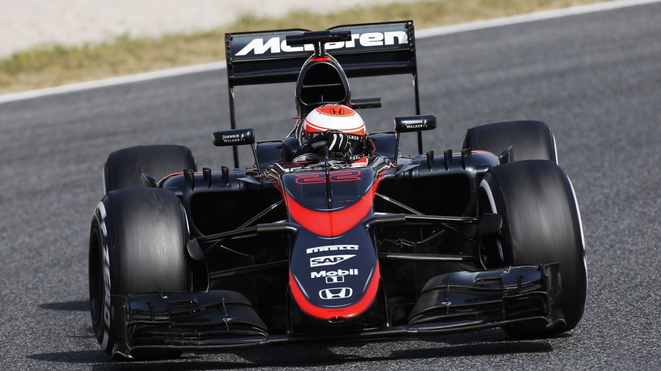Jenson Button, McLaren, Circuit de Catalunya testing, 2015
