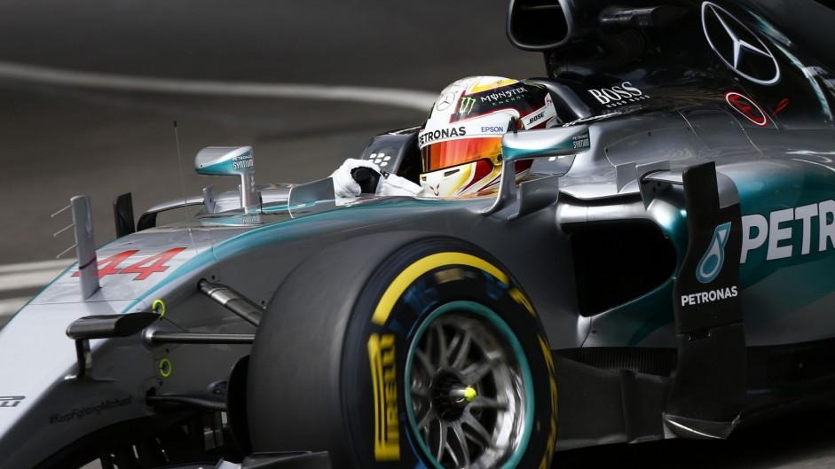 Hamilton keeps Rosberg from third Monaco pole