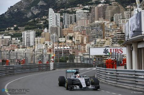 Hamilton leads as verstappen stars in practice f1 fanatic for Garage mercedes monaco