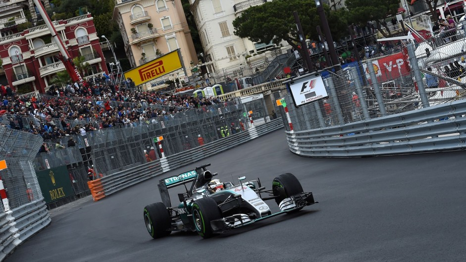 Hamilton's strategy splits opinion on the Monaco GP
