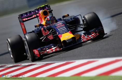 Daniil Kvyat, Red Bull, Circuit de Catalunya, 2015