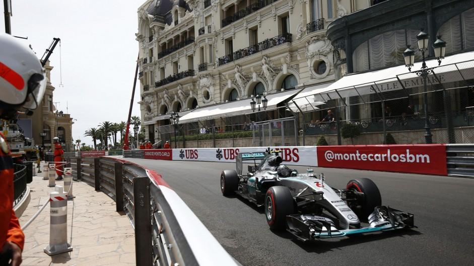 Rosberg lucks into third Monaco win in a row