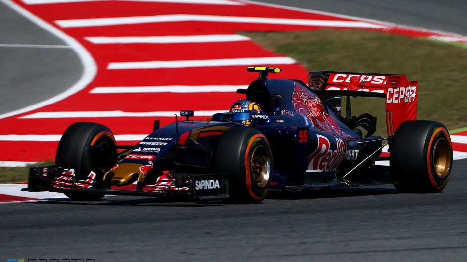 Sainz and Kvyat avoid penalties for clash