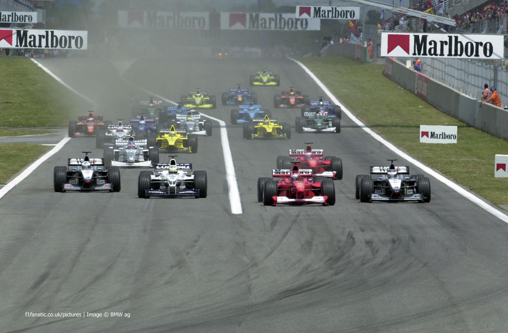 Start, Circuit de Catalunya, Barcelona, 2000