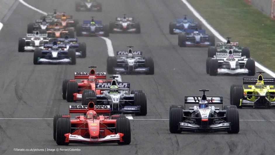 Start, Circuit de Catalunya, Barcelona, 2001