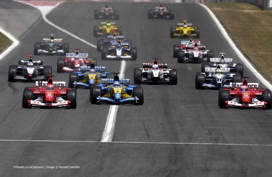 Start, Circuit de Catalunya, Barcelona, 2003