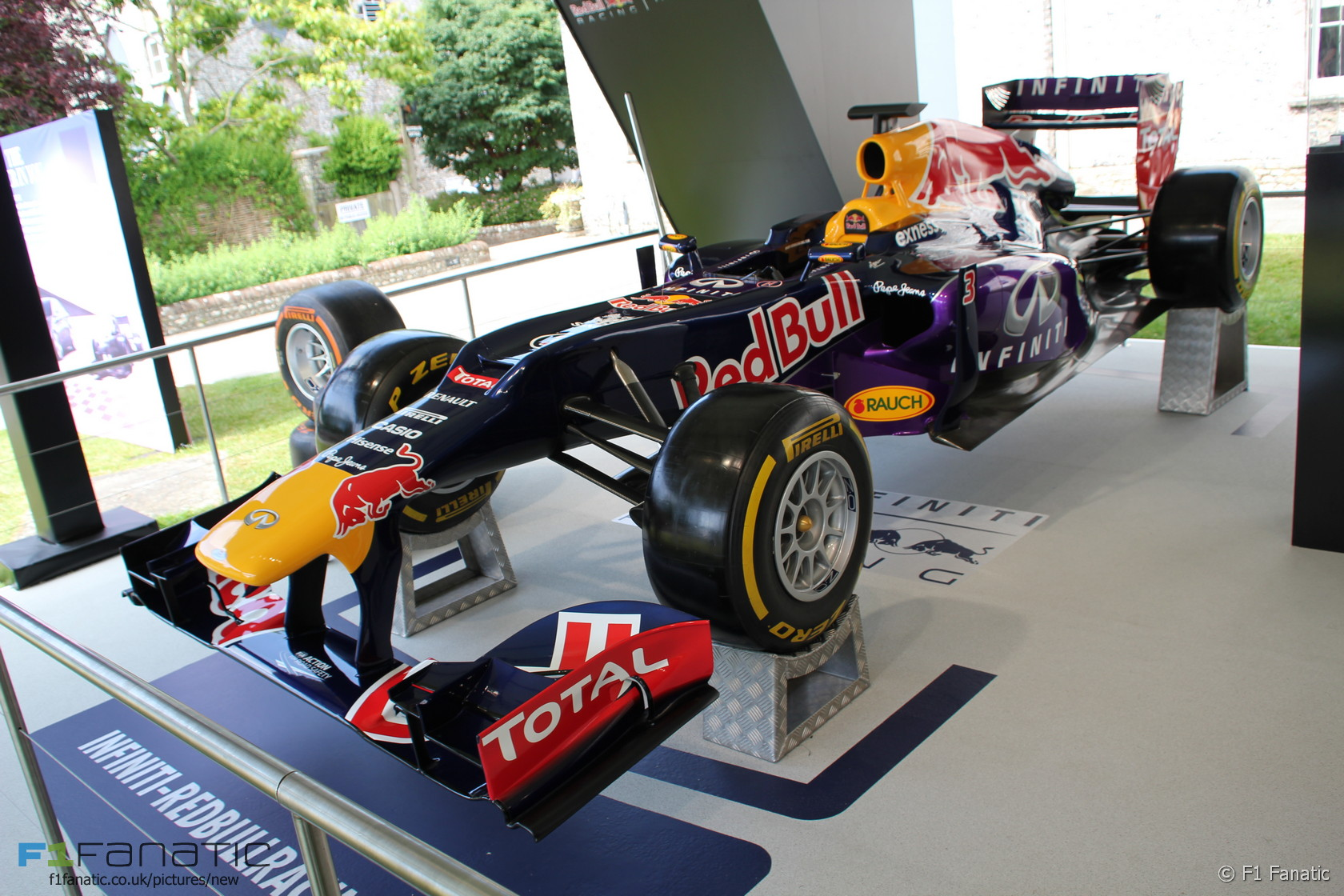 Red Bull Show Car Goodwood Festival Of Speed RaceFans - F1 show car