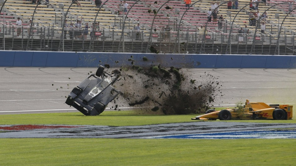 First FE title won as IndyCar race provokes anger