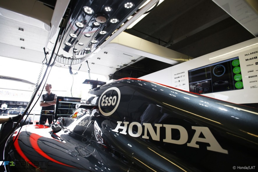 Fernando Alonso, McLaren, Circuit Gilles Villeneuve, 2015