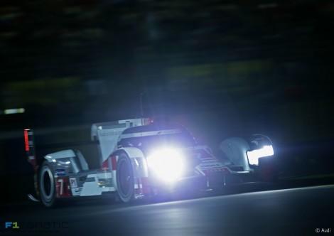 Audi R18 Etron Quattro #7 Marcel Fassler/Andre Lotterer/Benoit Treluyer, Le Mans, 2015