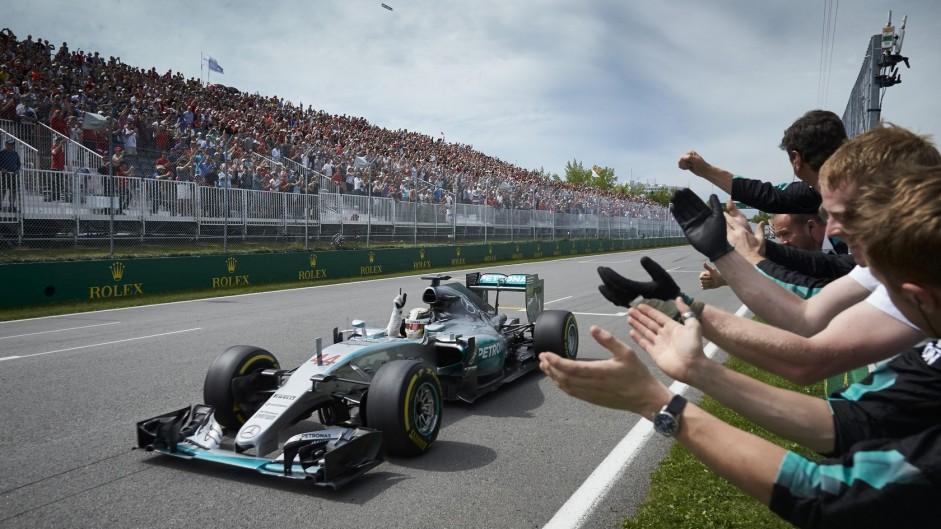 Hamilton coolly sees off Rosberg threat