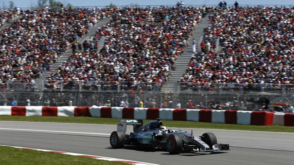 Hamilton 'never really felt under pressure'
