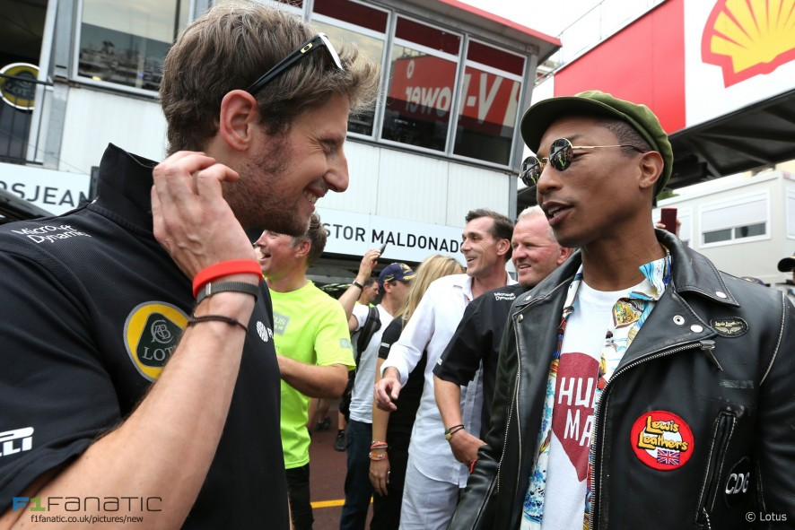 Romain Grosjean, Pharrell Williams, Lotus, Monaco, 2015