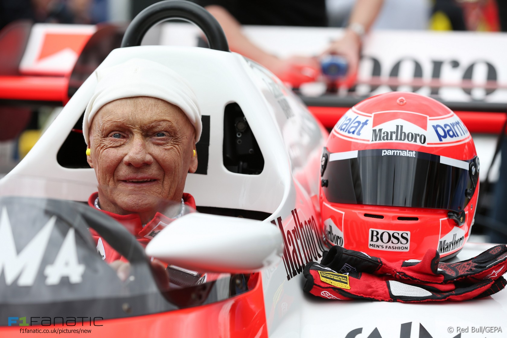 niki lauda red bull ring 2015 f1 fanatic. Black Bedroom Furniture Sets. Home Design Ideas