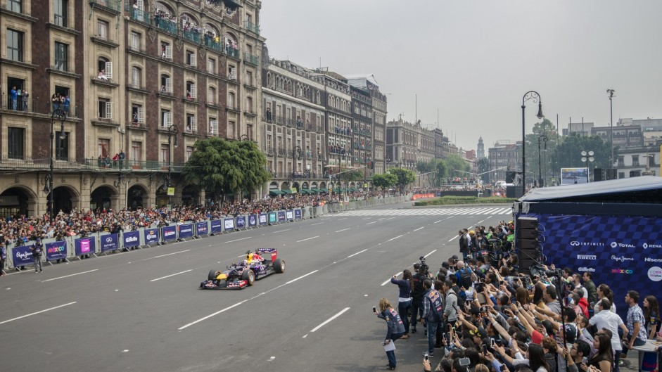Carlos Sainz Jnr, Red Bull, Mexico City, 2015