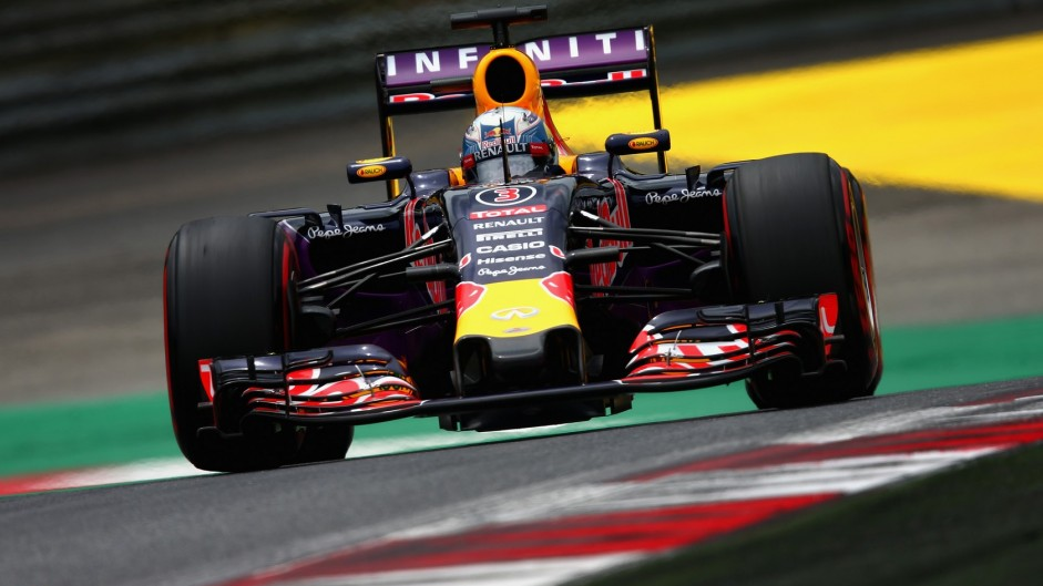 Ricciardo, Alonso and Button get race penalties